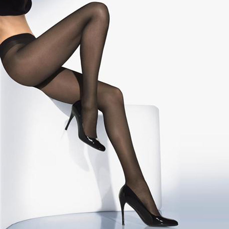 Wolford  Perfectly 30 (melkein musta)